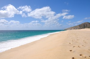 Grand Solmar Timeshare  members enjoy Cabo's Medano Beach.